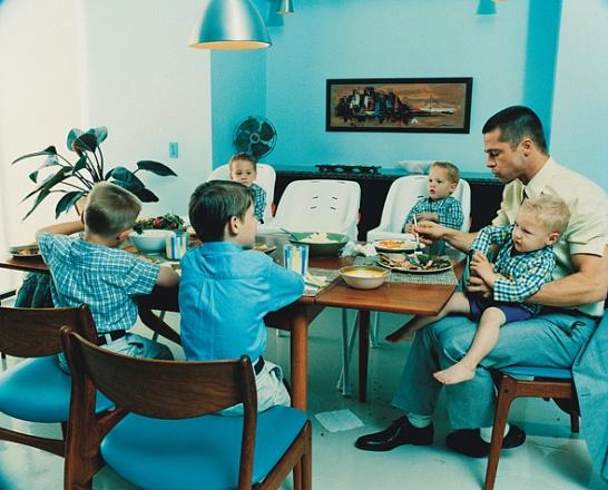 Familia que come junta permanece unida